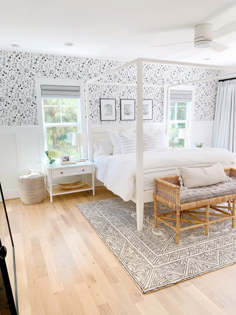 Relaxed coastal vibes with white canopy