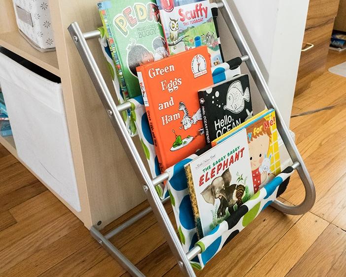 Sling bookshelf makeover idea