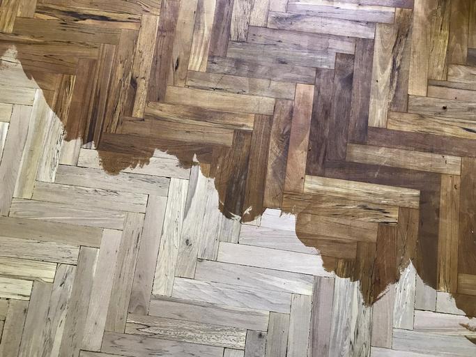 Wood Conditioner Vs. Wood Polish