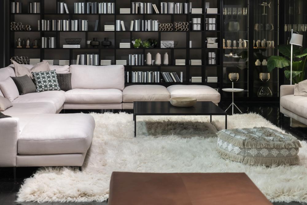 Floor Pillows To Create A Cozy Decor