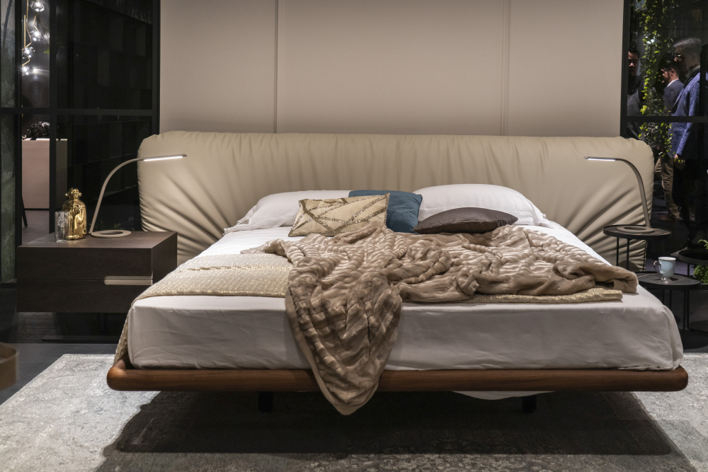 A stylish floating bed
