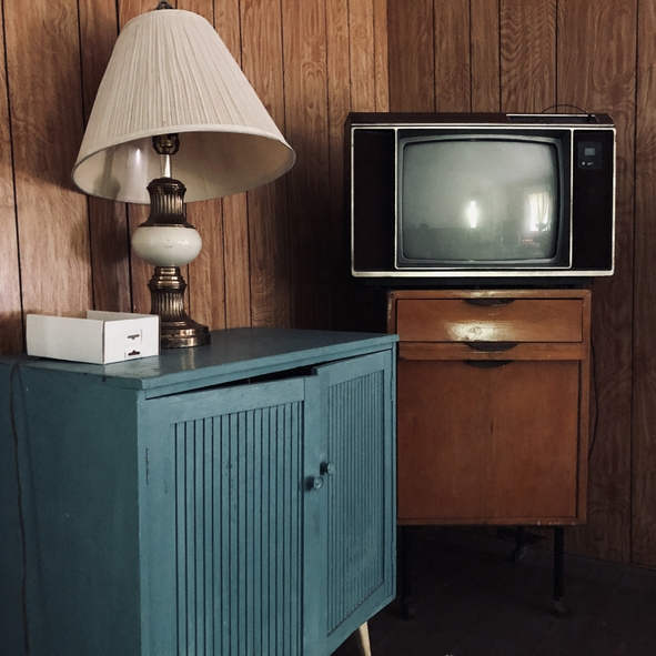 Outdated Appliances And Furniture