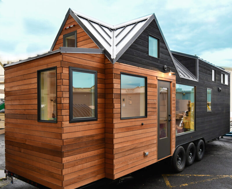 Country-Style Tiny House With Three Cozy Bedrooms
