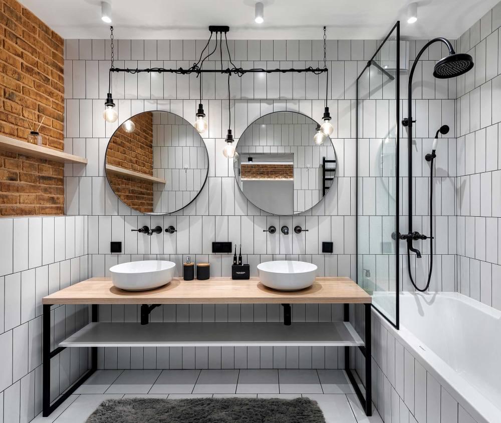 Vertical tile shower