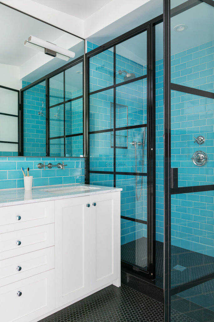 Bathroom with a fascinating color - Shower Enclosure - Full wall tiled - Black sash window